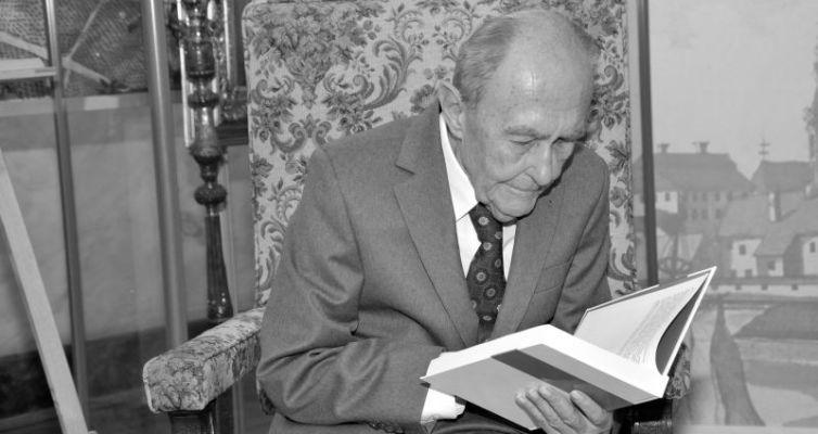 prof. Adam Galos